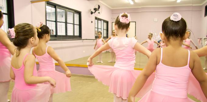 Studio de Danças Marcia Pee - Aula de Ballet Infantil